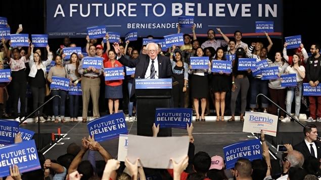 Bernie Sanders a remercié les électeurs d'avoir fait mentir les sondages qui le donnaient perdant par plus de 20 points.