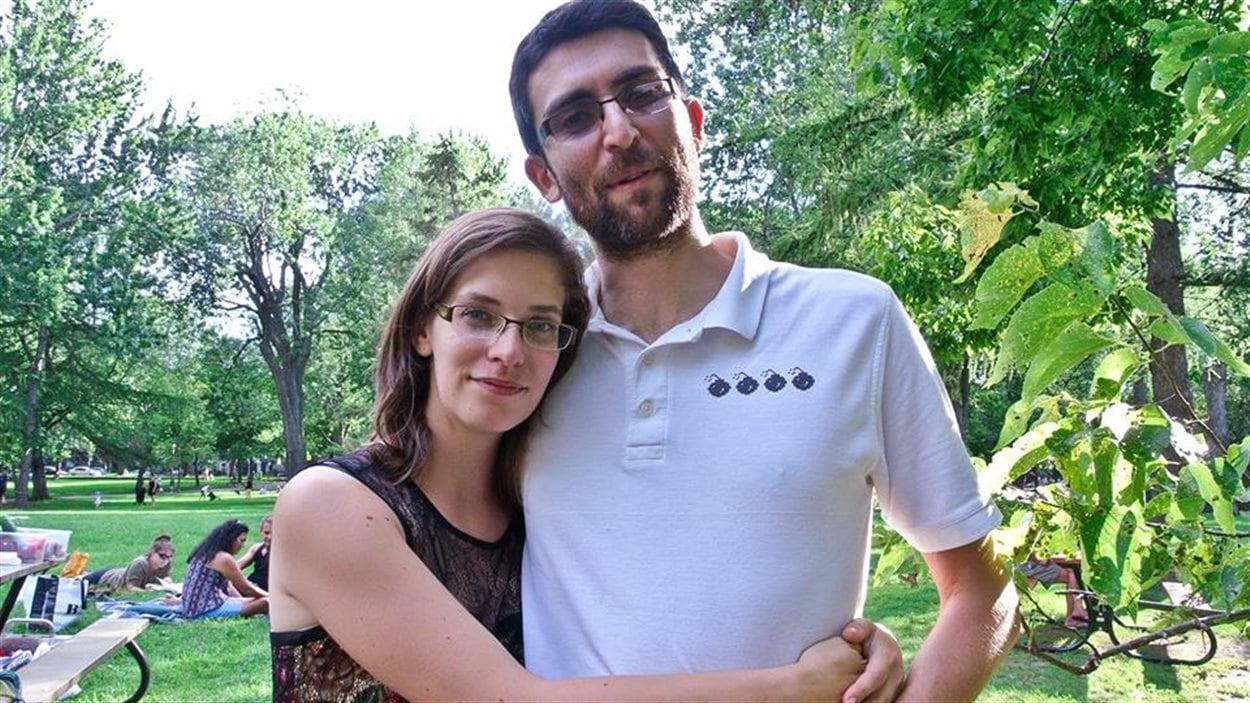 Stéphanie et Julien, programmeurs de jeux vidéo à Natashquan.
