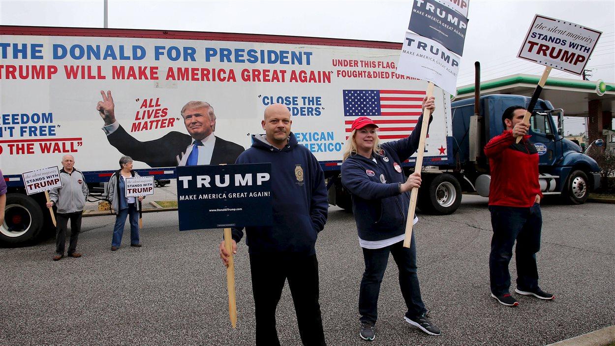 Des supporteurs du candidat républicain Donald Trump à Middleburg Heights en Ohio, en ce mardi 15 mars 2016.