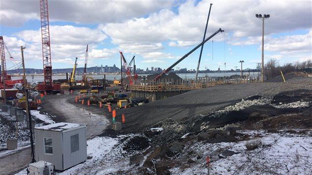 Le futur pont Champlain en construction