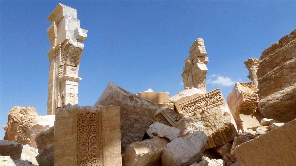 L'Arc de Triomphe a été saccagé par l'EI.