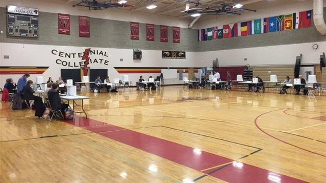 Un bureau de vote en Saskatchewan.