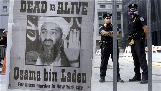 Appel à la capture de Oussama ben Laden, publié à la une d'un quotidien de New York quelques jours après les attentats du 11 septembre 2001