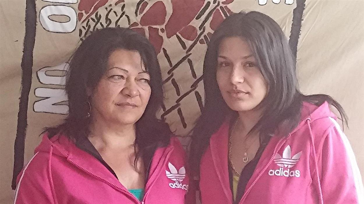 Gilda Lakatos et sa mère Katalin Lakatos