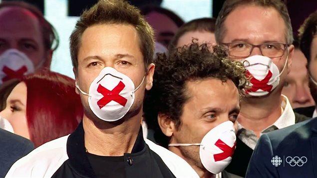 Des humoristes masqués au Gala Les Olivier
