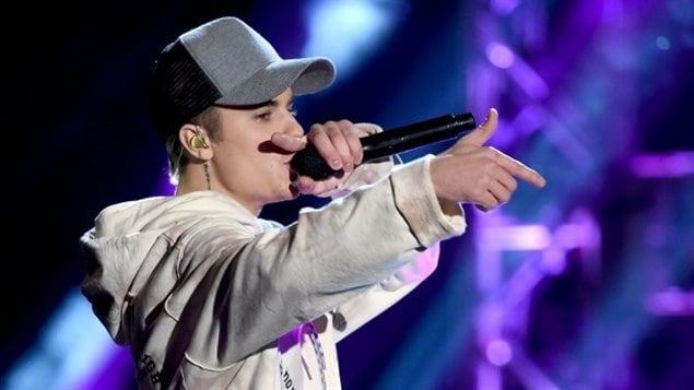 Justin Bieber aux American Music Awards, en 2015
