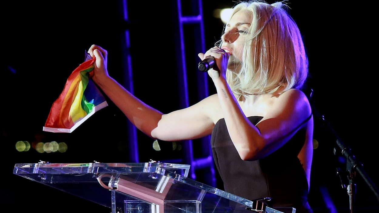 Lady Gaga au défilé de la fierté gaie de New York en 2013