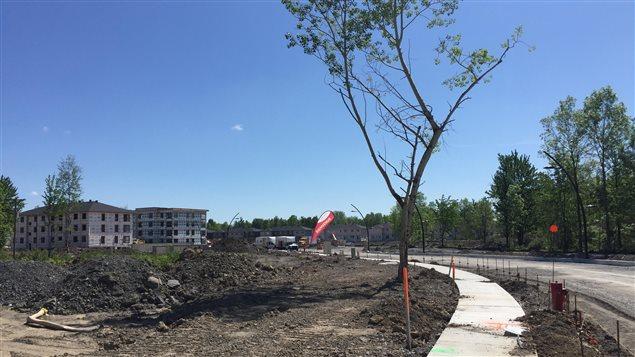 Le développement résidentiel est en cours à La Prairie.