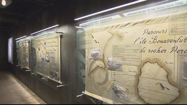 L'exposition raconte l'histoire géologique de Percé.