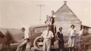 Exposition ''Incursion'', photos de 1918 à 1948 de la famille Hutchinson, au Fort Témiscamingue