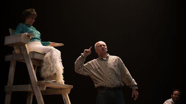 Pauline Martin et Gary-Boudreault, dans le rôle de Gaston.