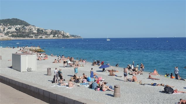 La plage de Nice