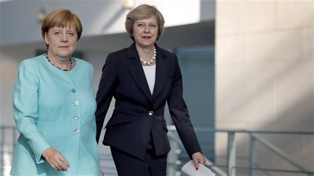 La chancelière allemande Angela Merkel et la première ministre de Grande-Bretagne, Theresa May