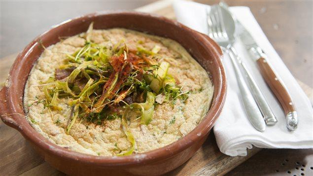 Omelette espagnole, croustilles et morue salée