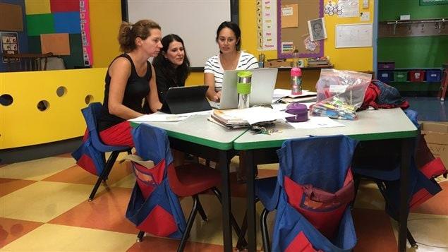 Les professeurs de l'école Vision se préparent pour une rentrée hâtive considérant le nouveau calendrier scolaire.