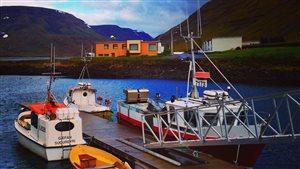 Port de pêche dans les fjords de l'ouest de l'Islande.