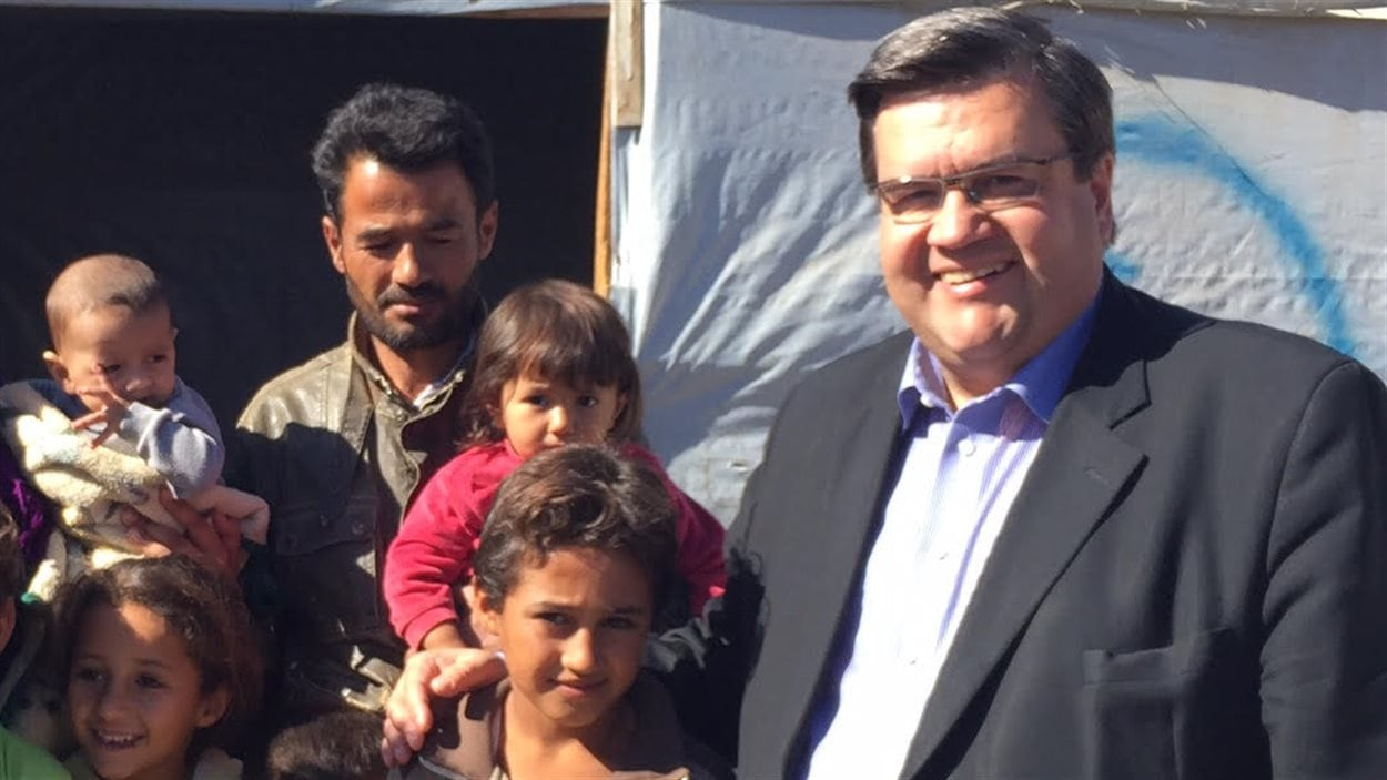 Denis Coderre a visité le camp de Bar Elias, au Liban.
