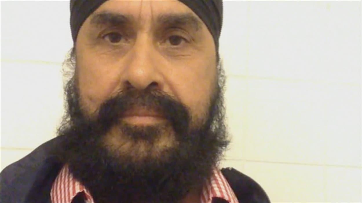 Nanak Partap Singh est coincé à Amsterdam.