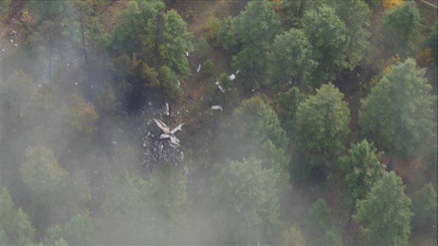 Une image de l'écrasement de l'avion dans lequel se trouvait Jim Prentice survenu jeudi soir en Colombie-Britannique