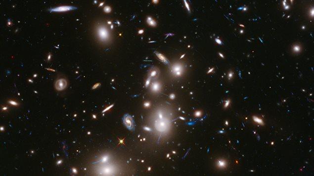 2000 milliards de galaxies dans l 39 univers ici radio for Lien dans une nouvelle fenetre