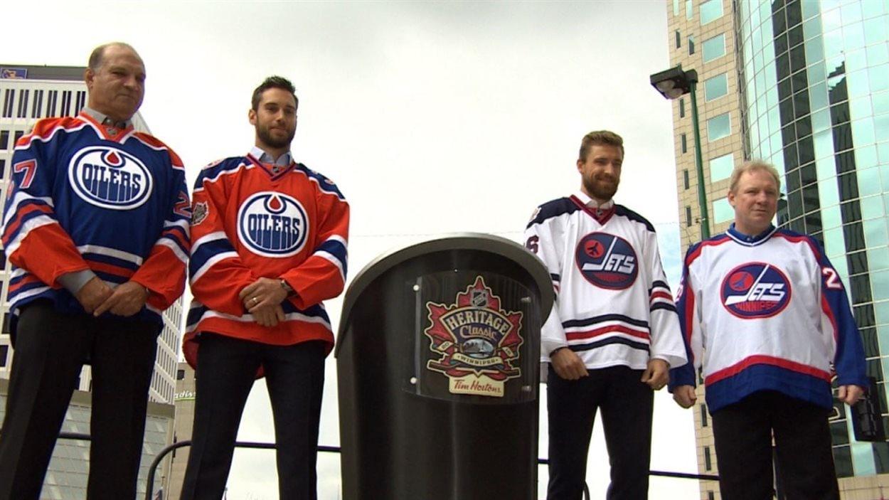 Dévoilement des chandails pour la partie de hockey Classique héritage