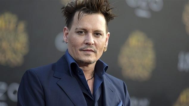 Johnny depp se joint aux films les animaux fantastiques de for Lien dans une nouvelle fenetre