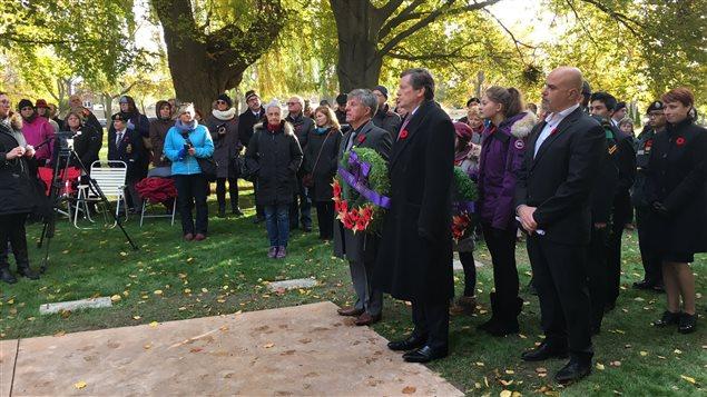 Le maire de Toronto, John Tory, a participé à la cérémonie de l'aube.