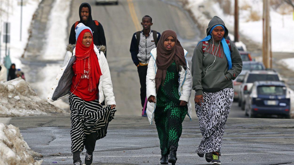 Résultats de recherche d'images pour «canada migrants»