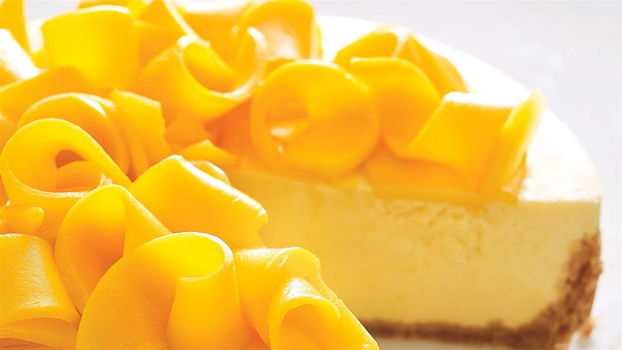 Gâteau mousse au yogourt à la mangue